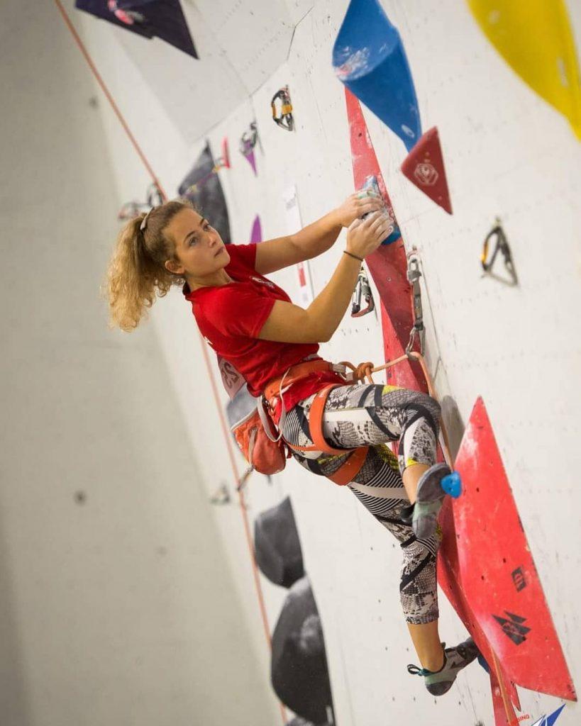 BIM Sport AMBASADOR - SPORT CLIMBING - Lara Kmoch